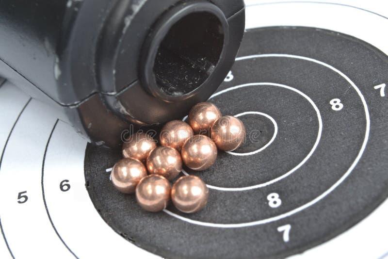 Airgun en kogels royalty-vrije stock afbeeldingen