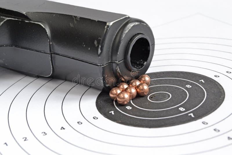Airgun en kogels royalty-vrije stock afbeelding