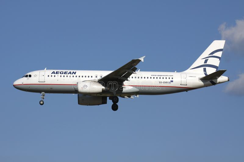 Airlies egeu Airbus A320-200 imagem de stock