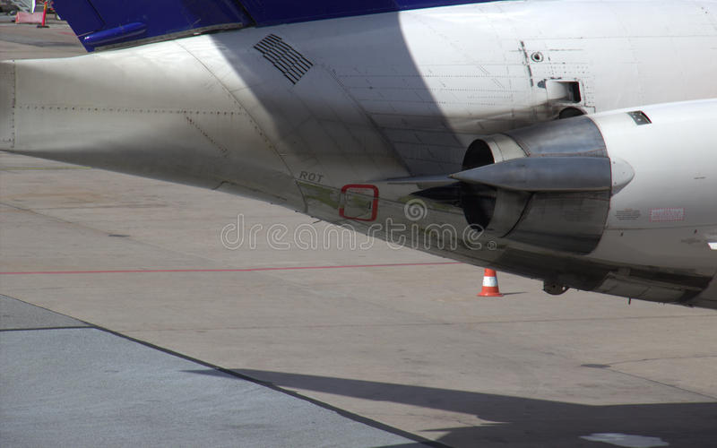 Download Airliner Engine Exhaust Royalty Free Stock Images - Image: 26341449