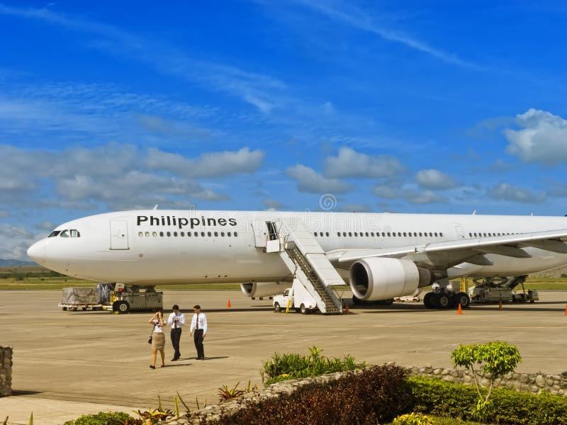Download Airplane editorial image. Image of plane, airplane, huge - 23875750
