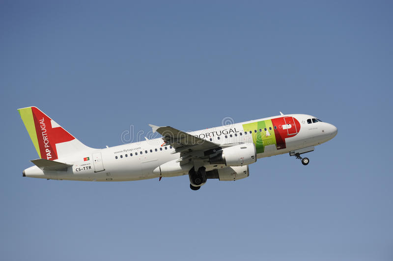 Airplane Airbus A319. MUNICH, GERMANY - SEPT. 9: Airplane Airbus A319 of portugal airline TAP PORTUGAL takeoff at international airport munich in Germany Photo stock images