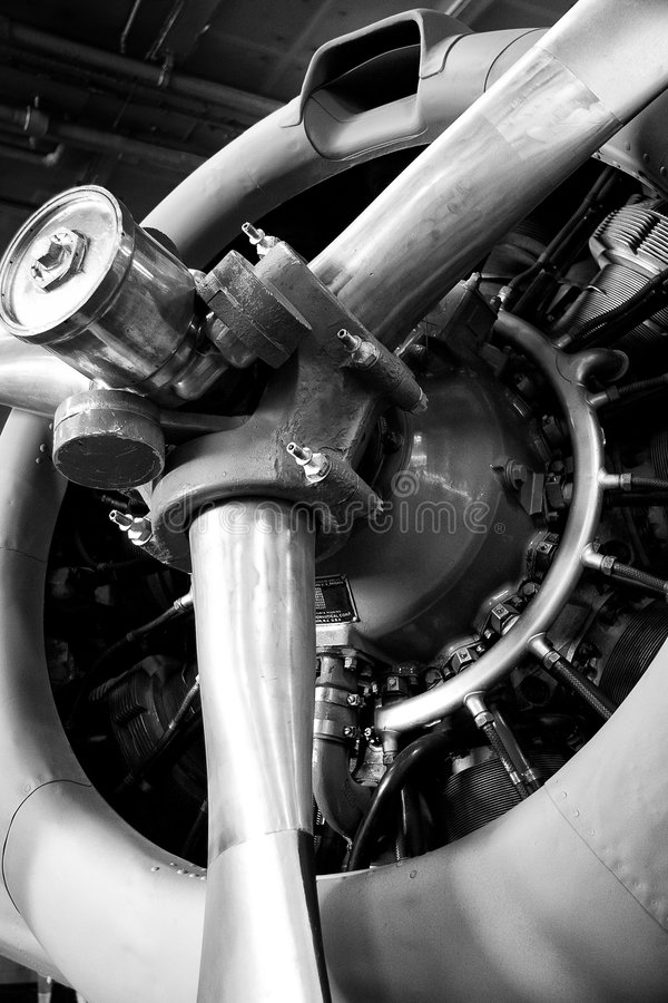 Free Airplane Engine Royalty Free Stock Images - 9266199