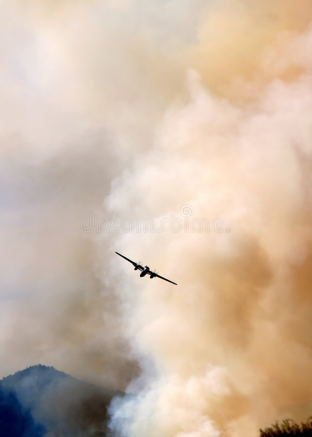 Airplane Fighting A Fire royalty free stock photos