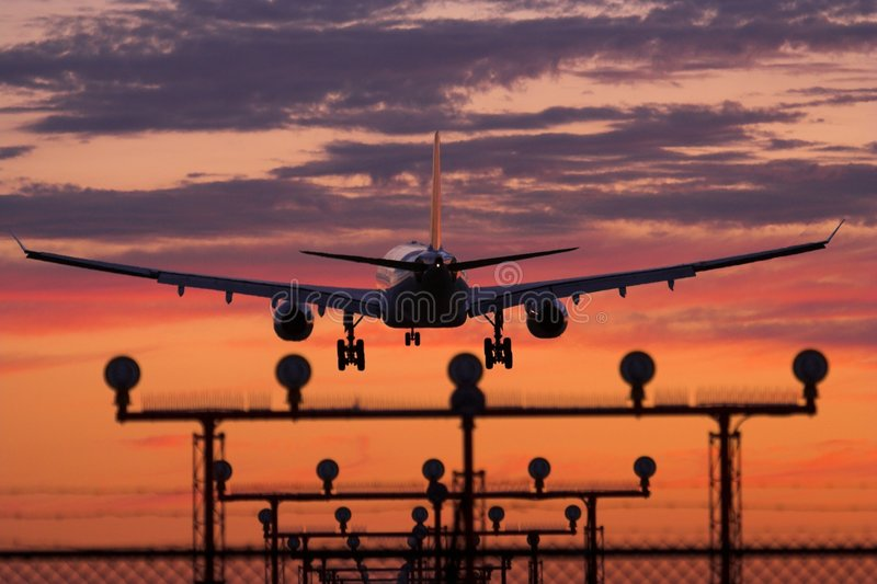 Download Airplane Landing Royalty Free Stock Photography - Image: 942367