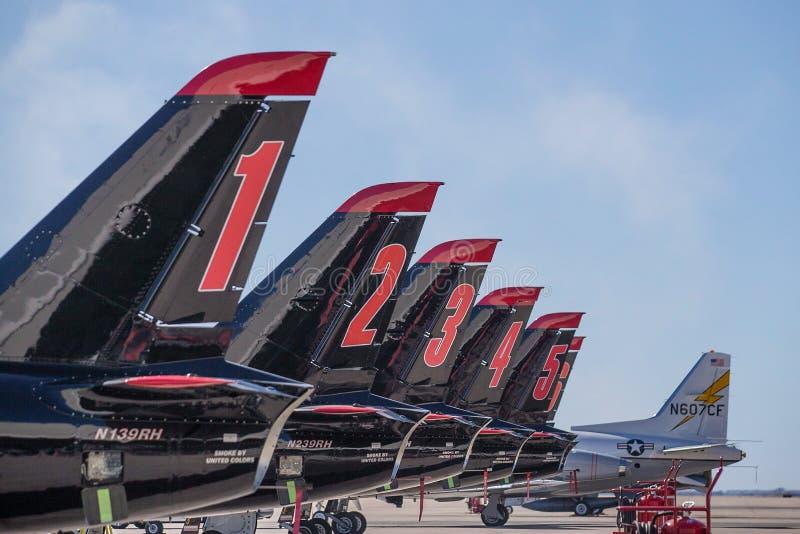 Airshow在地面上的喷气式歼击机小组 库存照片