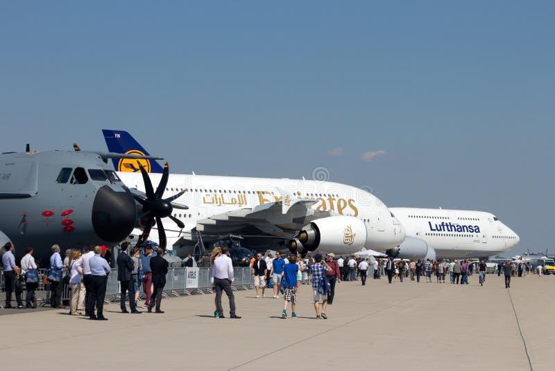 Airshow aérospatial international d'exposition photos stock