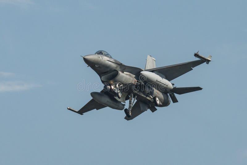 Airshow avec des jets et des hélicoptères images stock
