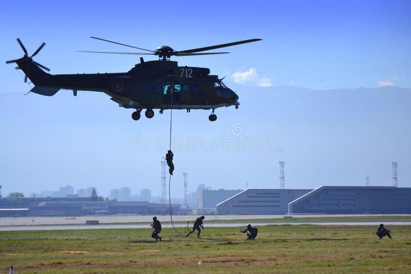 Airshow del aeropuerto de Sofía del asalto aerotransportado fotos de archivo libres de regalías