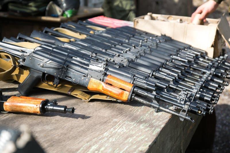 Airsoft枪,卡拉什尼科夫,自动武器 库存图片