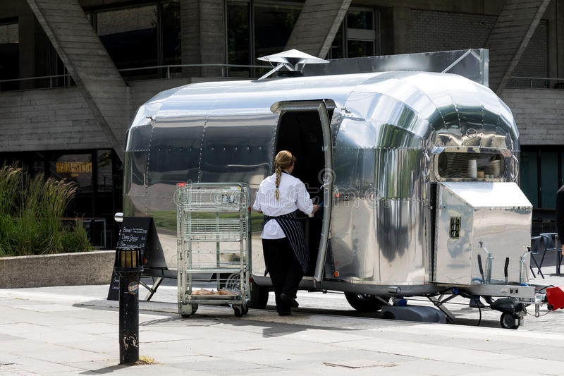 Download Airstream Food Truck On The South Bank Editorial Photo