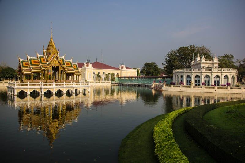 Aisawan-Dhipaya-Asana bij klap-pa-in de Zomerpaleis royalty-vrije stock foto