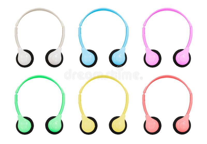 Aislamiento con la trayectoria de recortes de auriculares coloreados pastel en Whi libre illustration