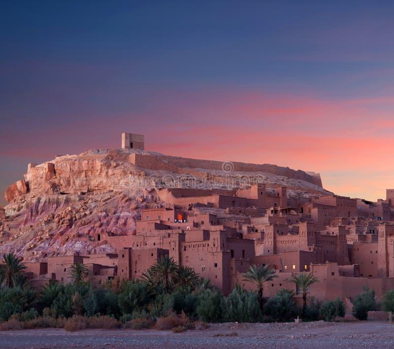 Ait Benhaddou Casbah famoso perto da cidade de Ouarzazate em Marrocos fotografia de stock royalty free