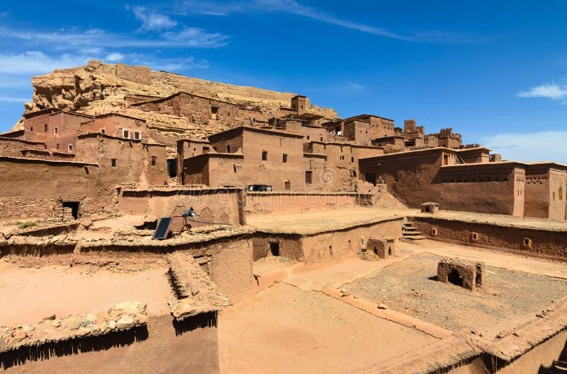 Ait Benhaddou, cidade fortificada, kasbah ou ksar em Ouarzazate, Marrocos foto de stock