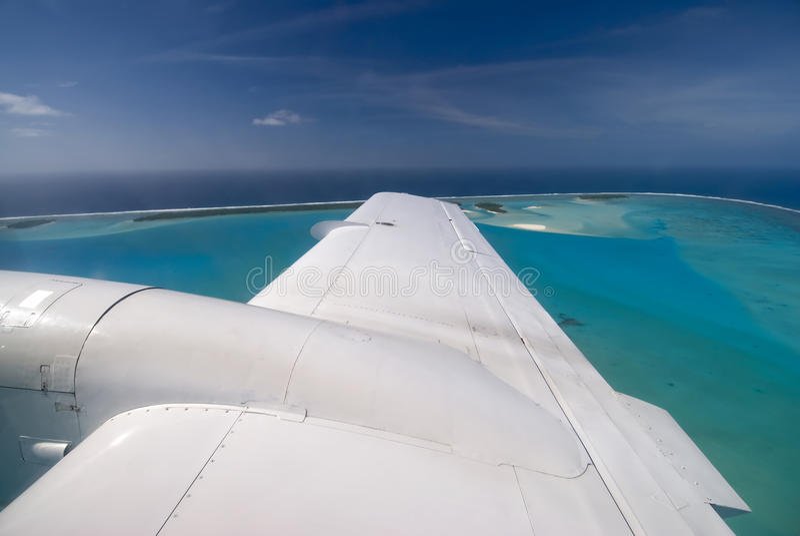 Aitutaki lagun från litet flygplan, kock Islands royaltyfria foton