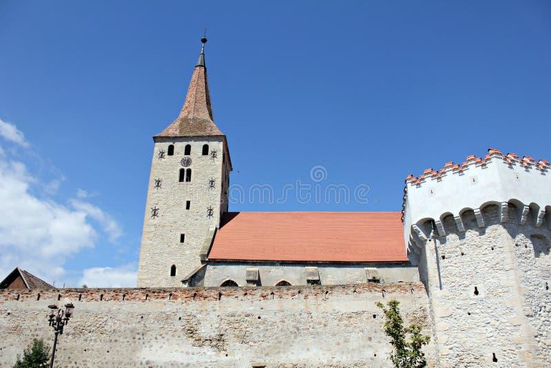 Aiud fästning - väggar och kyrka royaltyfria bilder