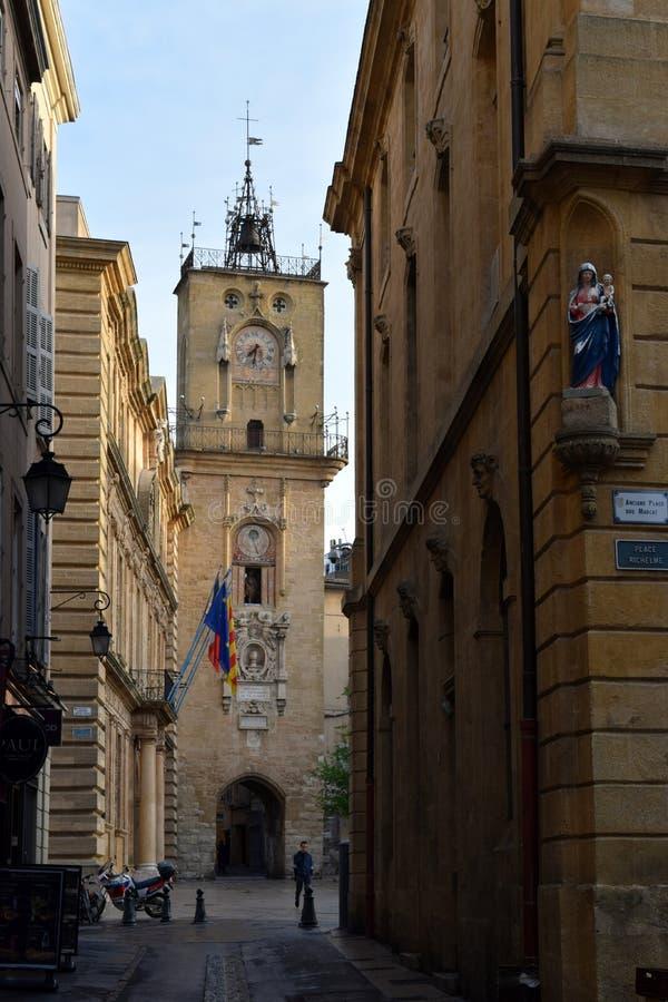 Aix-en-provence för stadshusklockatorn, Frankrike arkivbild