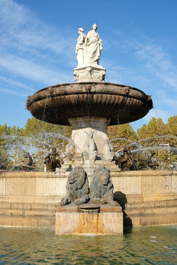 Aix-en-Provence, Frankreich - 18. Oktober 2017: der berühmte Brunnen lizenzfreie stockfotografie