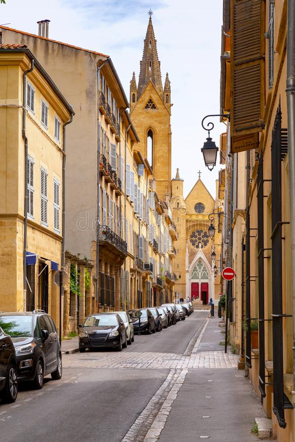 Aix-en-Provence A igreja medieval velha de St Jean Maltese imagens de stock royalty free