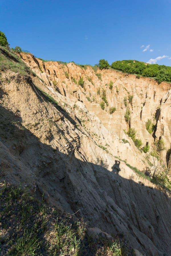 Ajardine con las pirámides de Stob de la formación de roca, montaña de Rila, región de Kyustendil, Bulgaria imagenes de archivo