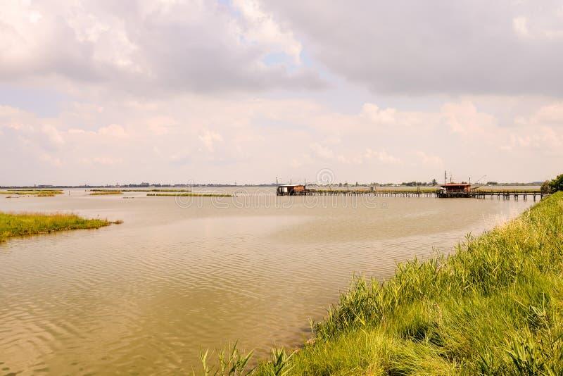 Ajardine el delta del Po fotos de archivo