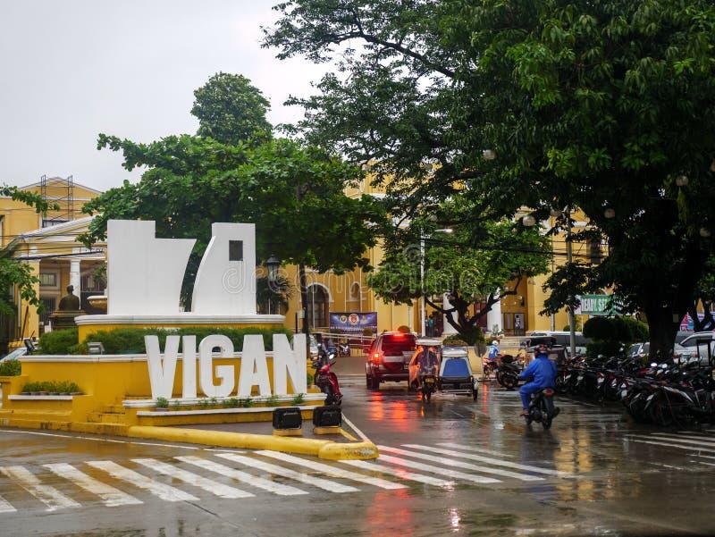 Ajardine na frente da cidade em um dia chuvoso, cidade de Vigan de Vigan, Filipinas, agosto 24,2018 imagem de stock royalty free