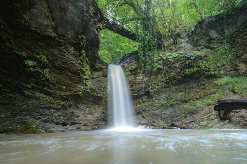 Ajek vattenfall i den Sochi nationalparken, Ryssland arkivfoto