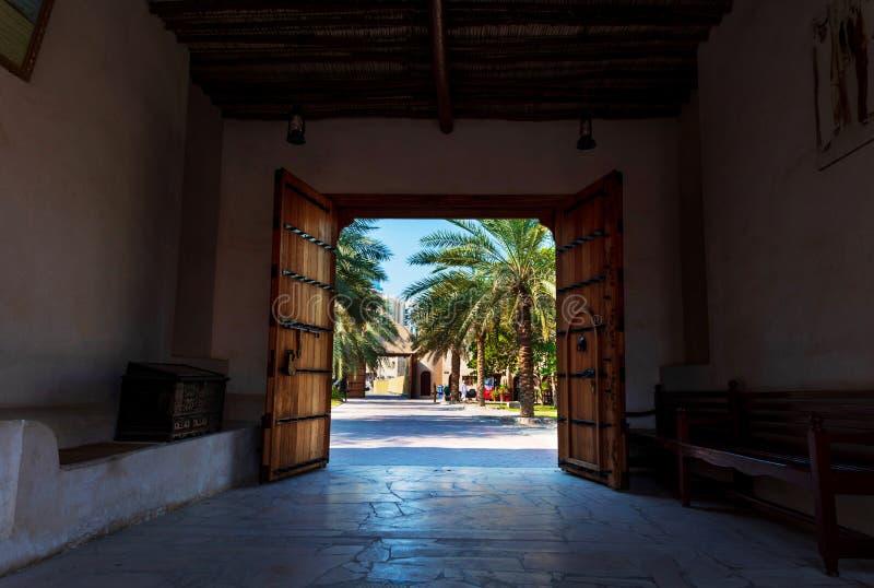 Ajman, Verenigde Arabische Emiraten - 6 December, 2018: Ent Ajmanmuseum stock foto