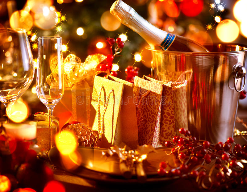 Ajuste da tabela do feriado do Natal imagem de stock