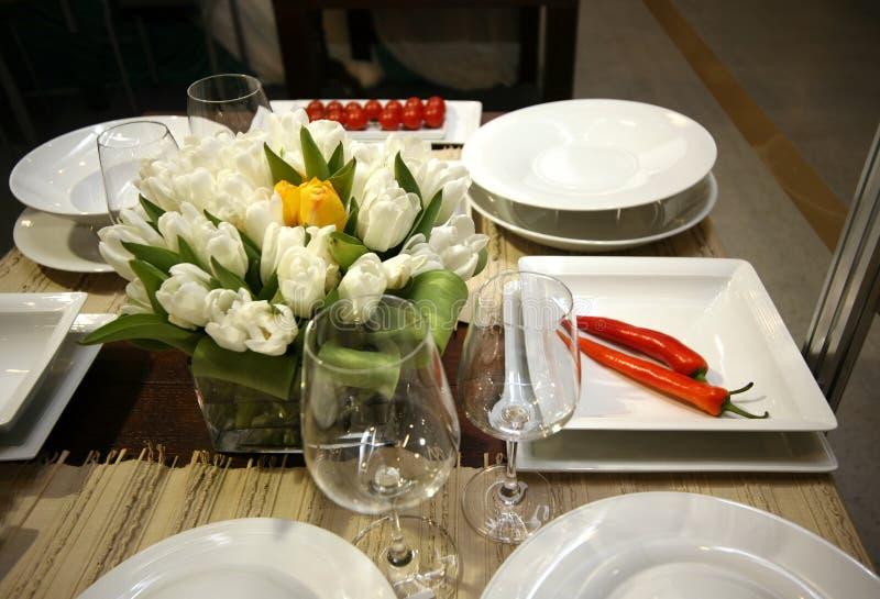 Ajuste da tabela do restaurante imagens de stock royalty free
