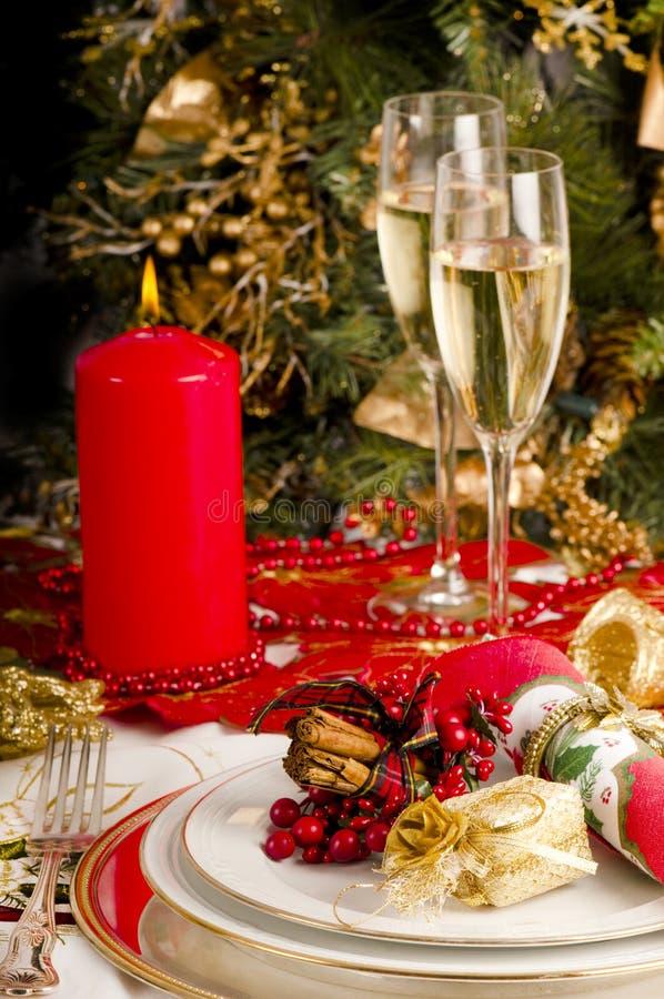 Ajuste da tabela para a refeição do Natal. foto de stock royalty free