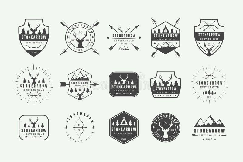 Ajuste das etiquetas da caça do vintage, logotipos, crachás, emblemas, marcas ilustração royalty free