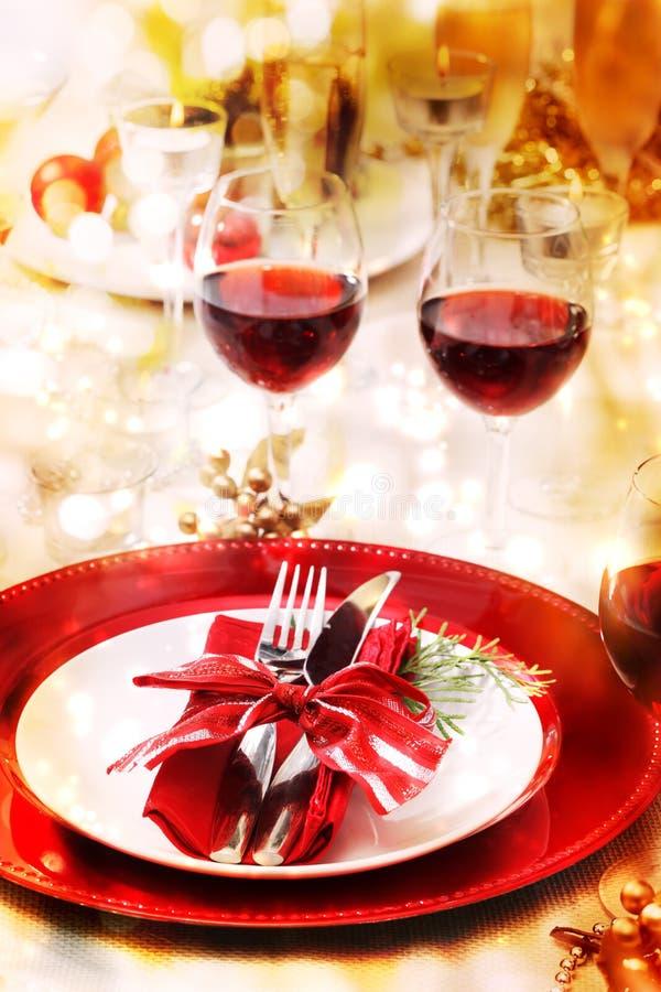 Ajuste de la tabla de cena del día de fiesta imágenes de archivo libres de regalías