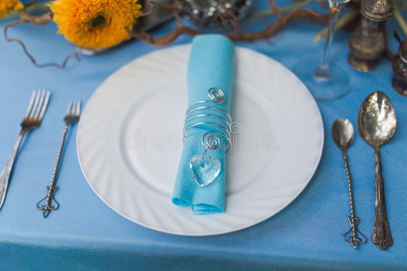 Ajuste de la tabla de la boda imágenes de archivo libres de regalías