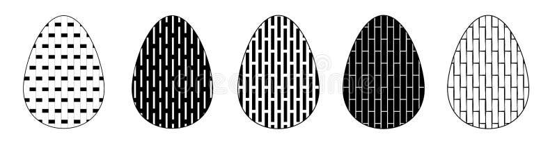Ajuste do isolado nos ovos da p?scoa brancos do fundo com teste padr?o geom?trico Cole??o de ?cones lisos preto e branco do ovo ilustração royalty free