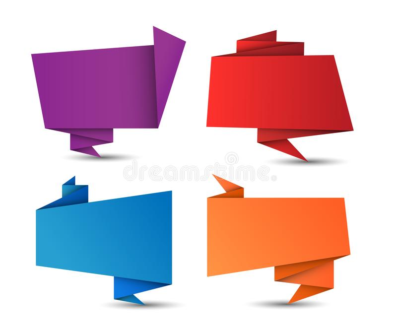 Ajuste do vetor que o origâmi geométrico colorido dobrou bolhas do discurso para seu texto isolado no fundo branco ilustração do vetor