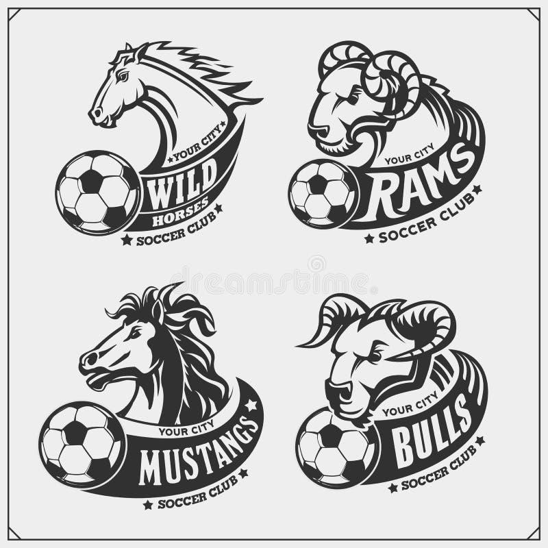 Ajuste dos emblemas, dos crachás, dos logotipos e das etiquetas do futebol com touro, cavalo e ram Projeto da cópia para t-shirt ilustração royalty free