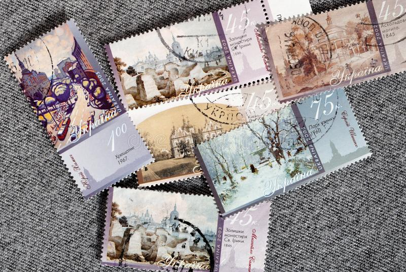 Ajuste dos selos postais de Ucrânia Lugares significativos Começo do século XXI foto de stock royalty free