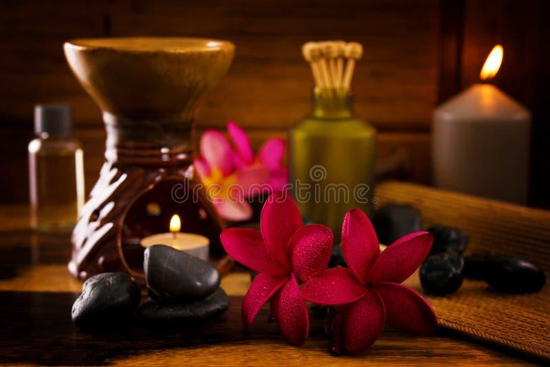 Download Ajuste Dos Termas Do Balinese. Foto de Stock - Imagem de rejuvenation, elemento: 29840060