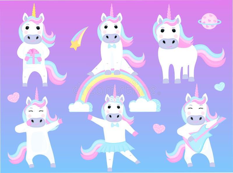 Ajuste dos unicórnios engraçados Personagens de banda desenhada que jogam a guitarra, dança, sentando-se em um arco-íris ilustração stock