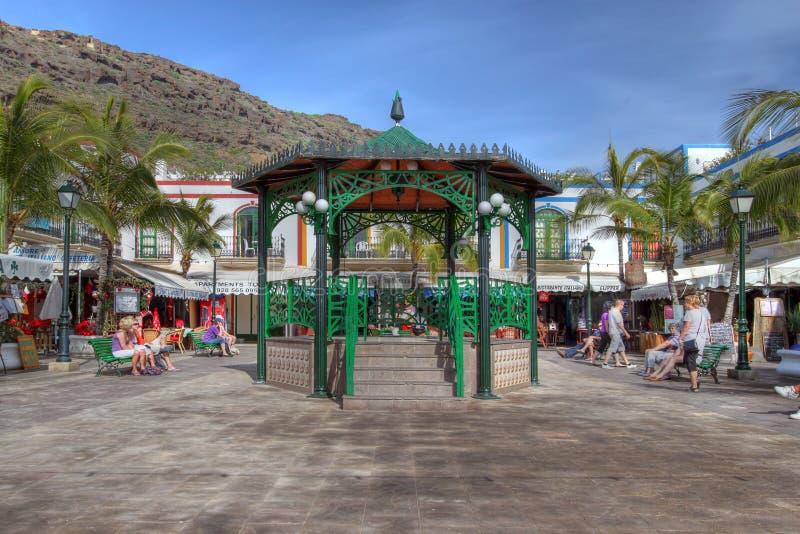 Ajuste en Puerto de Mogan, Gran Canaria, España fotos de archivo