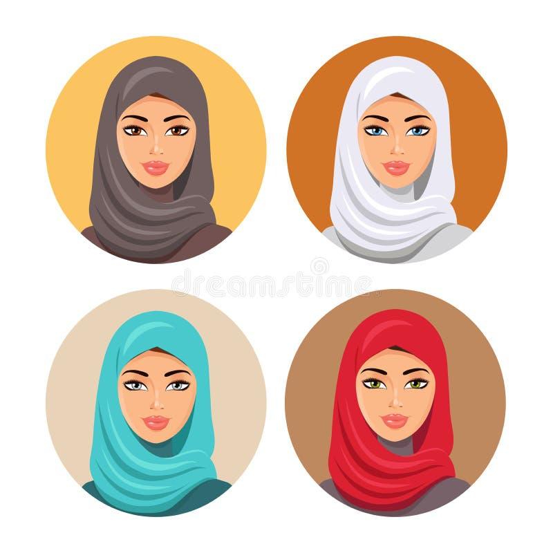 Ajuste quatro avatars árabes das meninas em mantilhas tradicionais diferentes Isolado Vetor Os ícones árabes novos da mulher ajus ilustração royalty free