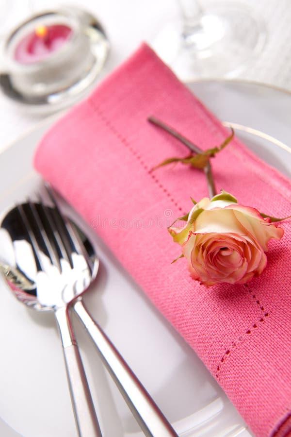 Ajustes românticos da tabela imagens de stock royalty free