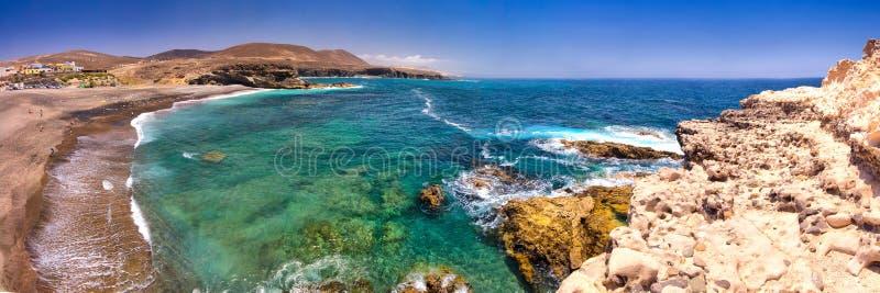 Ajuy-Küstenlinie mit vulcanic Bergen auf Fuerteventura-Insel, Kanarische Inseln, Spanien lizenzfreies stockbild