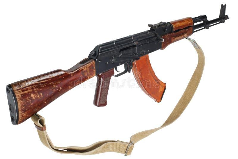 AK - 47 gevär för anfall som (AKM) isoleras på vit fotografering för bildbyråer