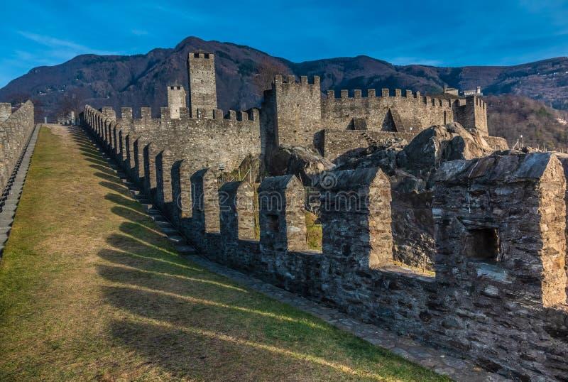 Aka Castelgrande, Uri και Castle Αγίου Michael, Μπελιντζόνα, η πρωτεύουσα του νότιου καντονίου Switzerland's Ticino Α στοκ φωτογραφία με δικαίωμα ελεύθερης χρήσης