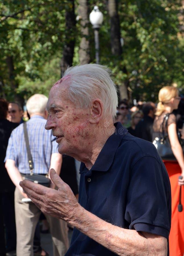 Akademiker Yuri Ryzhov Abschiedszeremonie mit Valeria Novodvorskaya lizenzfreies stockbild