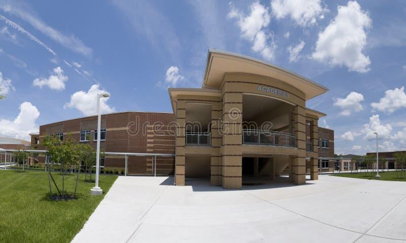 Akademisches Gebäude an der Highschool in Florida lizenzfreie stockfotografie