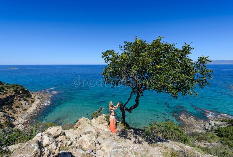 Akamas en meisje Cyprus 2 stock afbeeldingen